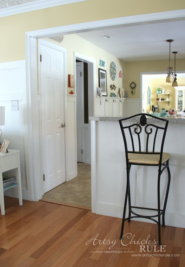 Family Room Makeover - After Wall Out - #makeover #diy #roommakeover #artsychicksrule artsychicksrule.com