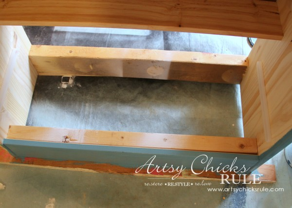IKEA Rast Hack - Blue and Gold Chest - Hickory Hardware - Modifications for Ball Feet - #ad #ikeahack #hickoryhardware #artsychicksrule