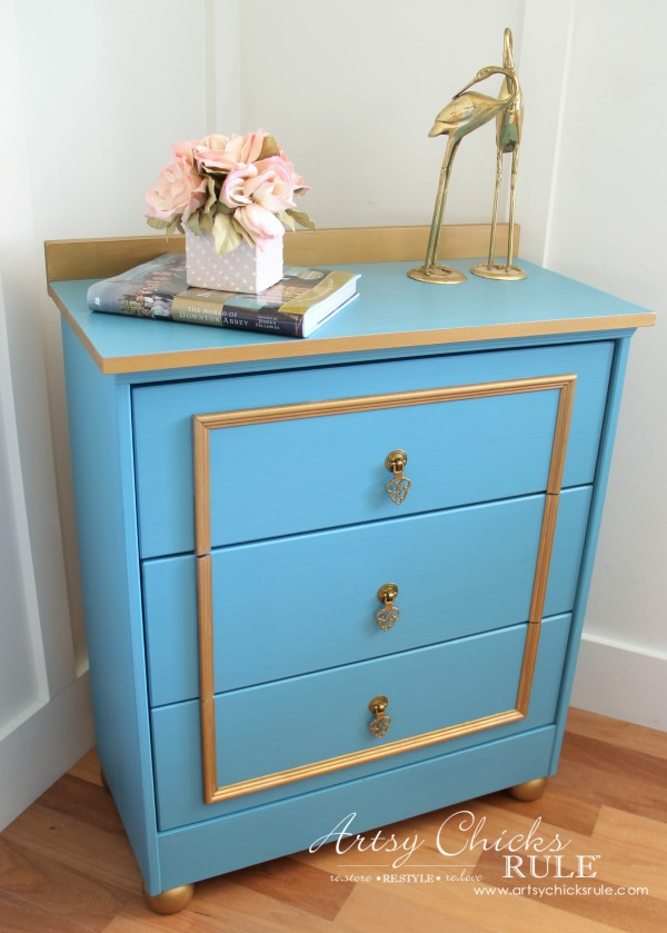 IKEA Rast Hack - Blue and Gold Chest - Hickory Hardware - Plain to Pretty!! - #ad #ikeahack #hickoryhardware #artsychicksrule