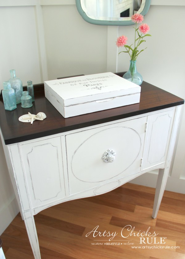 Sideboard Makeover with Java Gel and Chalk Paint - French Coastal - #javagel #chalkpaint #anniesloan #makeover artsychicksrule.com