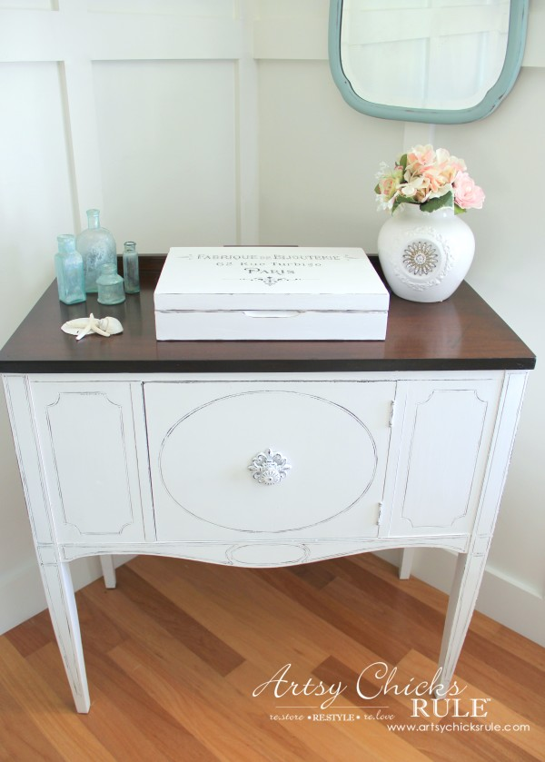 Sideboard Makeover with Java Gel and Chalk Paint - French Country - #javagel #chalkpaint #anniesloan #makeover artsychicksrule.com