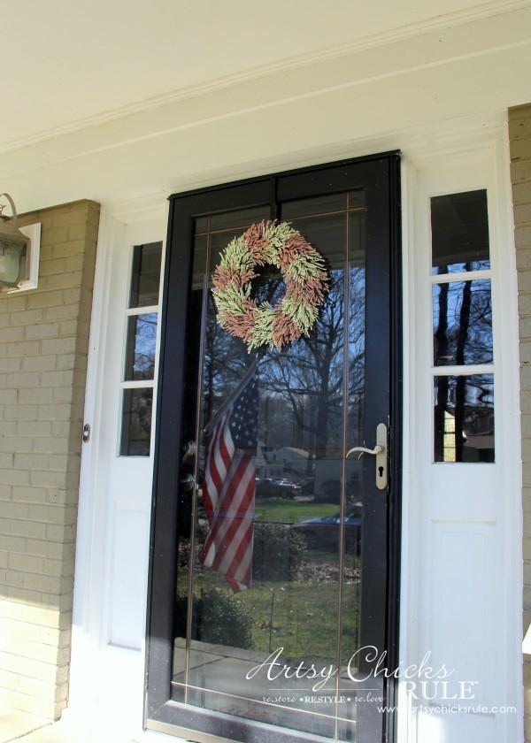 Simple DIY Spring Wreath - Spring Decor - #spring #wreath #springwreath artsychicksrule.com