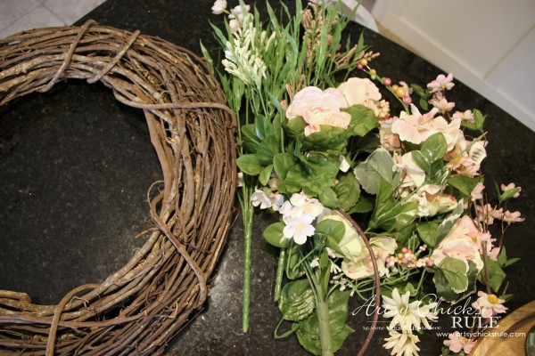 Easy DIY Floral Wreath - Supplies #wreath artsychicksrule.com