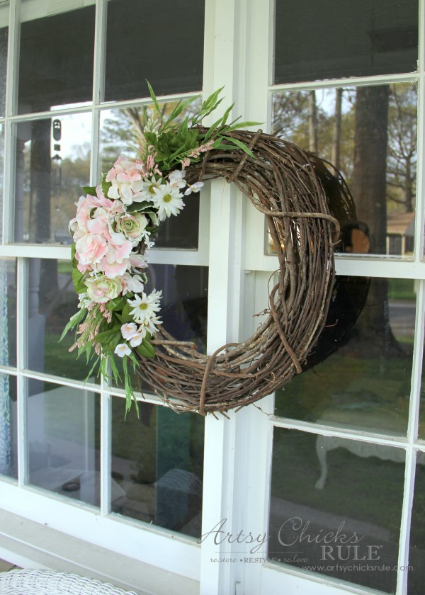 Easy DIY Floral Wreath - Using leftovers floral and greenery #wreath artsychicksrule.com