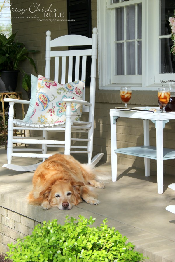 Enjoy Spring & Get Ready for Summer with BEHR DeckOver - Front Porch - #ad #BEHRdeckover