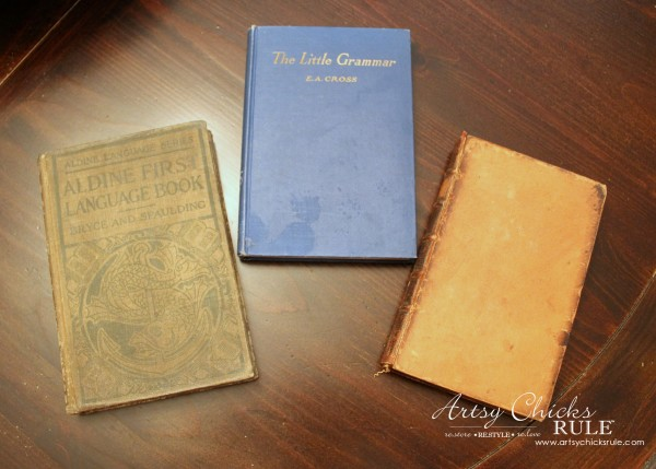 Vintage Collections - Vintage Books - #vintage #collections #bluemasonjars #retro #antique artsychicksrule.com