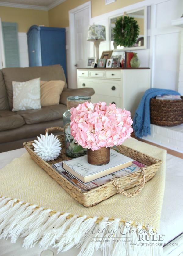 Coastal Summer Home Tour - with Balsam Hill - Coffee Table Decor - #nautical #coastal #homedecor artsychicksrule.com