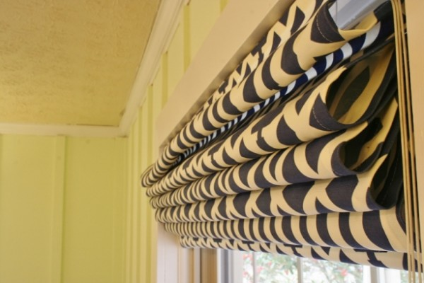 Make-Roman-Shades-from-Mini-Blinds Rhapsody in Rooms
