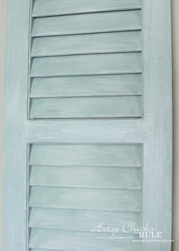 Gallery Wall (Decorating Challenge) - Up Close Dry Brushed Shutter - #gallerywall artsychicksrule