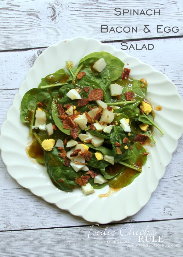 Spinach, Egg, Bacon Salad - Delicious!!! - #recipe #spinach foodiechicksrule