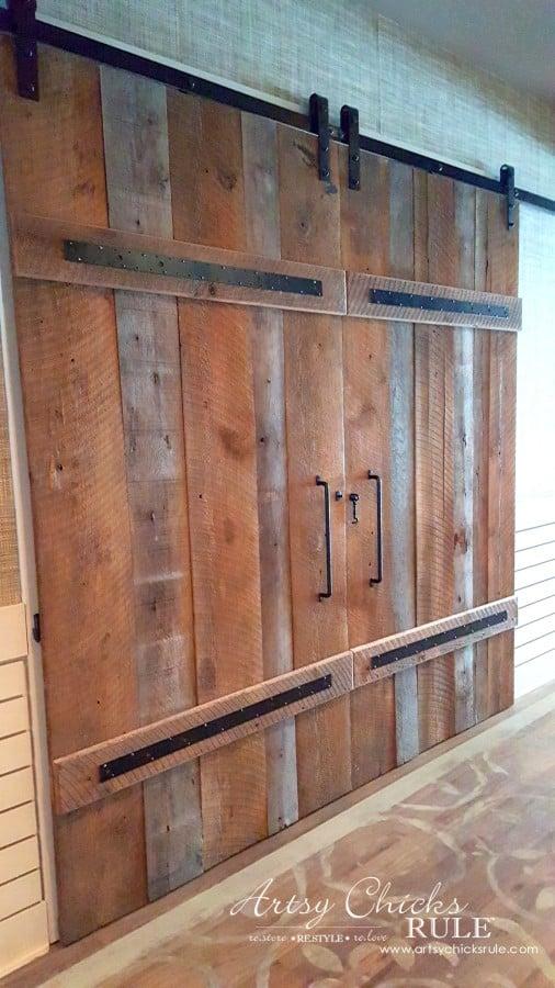 Mount Pleasant SC - Tavern & Table Restaurant - those doors are amazing - artsychicksrule