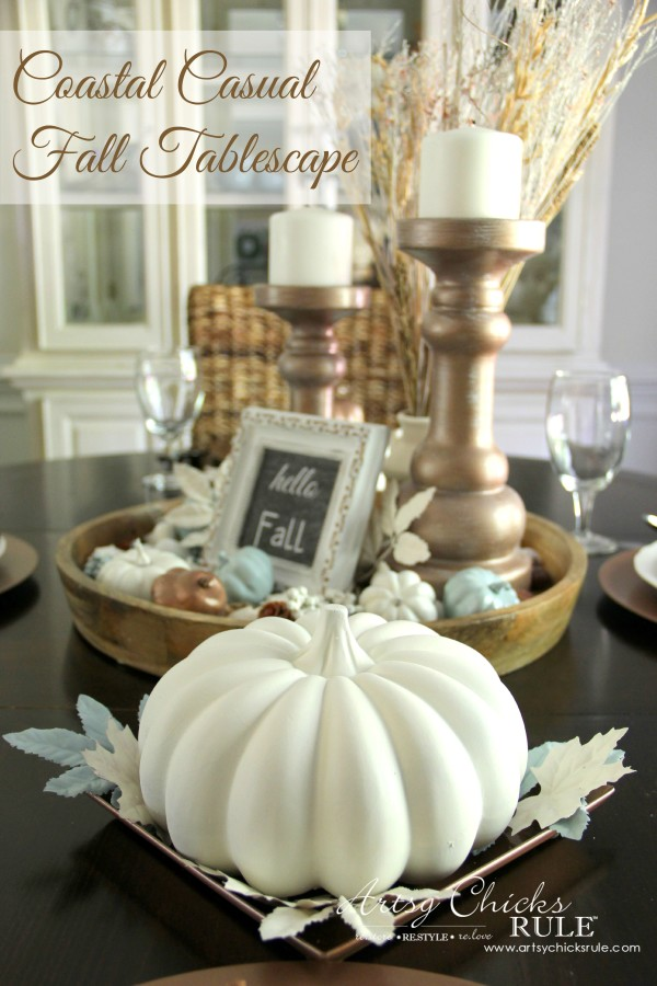 Coastal Casual Fall Tablescape - DECOR ON A BUDGET - artsychicksrule #falldecor #falltablescape #coastaldecor