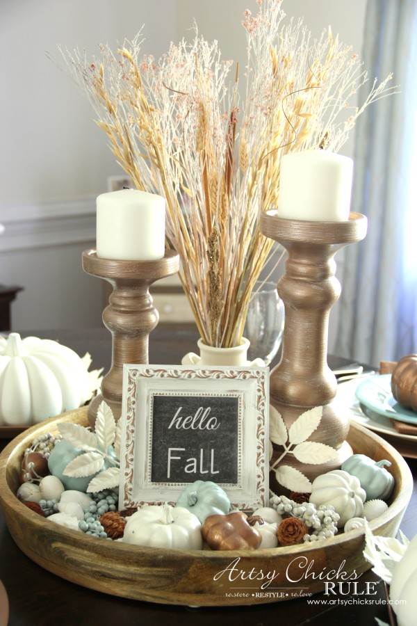 Coastal casual fall tablescape on a budget artsy for Round dining room table centerpieces
