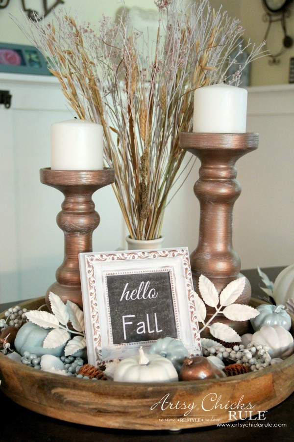 Coastal Casual Fall Tablescape - in the kitchen - artsychicksrule #falldecor #falltablescape #coastaldecor