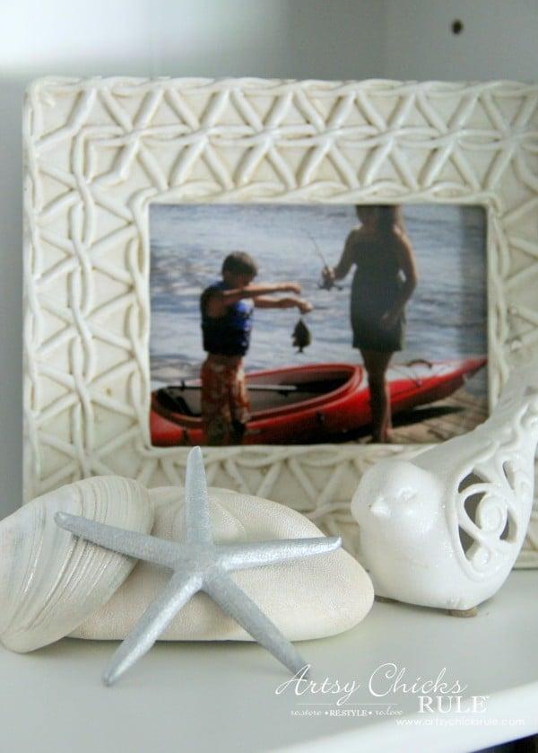 Coastal Styled Bookshelves (Decor Challenge) - photos and seashells - #coastaldecor #styling artsychicksrule