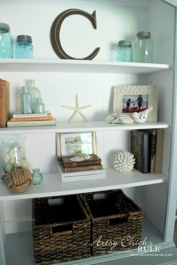 Coastal Styled Bookshelves (Decor Challenge) - styled shelves - #coastaldecor #styling artsychicksrule