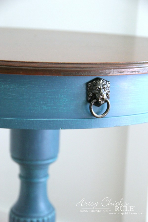 3 Different BLUES!! French Styled Side Table Makeover - artsychicksrule.com #aubussonblue #layeredchalkpaint #frenchtable #frenchgraphics #paintedfurniture #bluefurniture #chalkpaint
