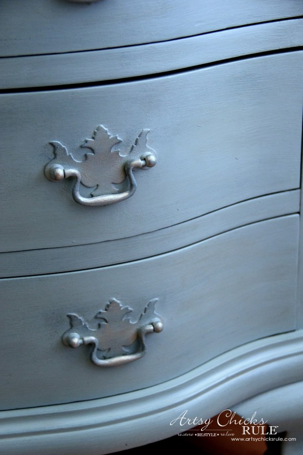 Secretary Desk Makeover (Chalk Paint® by Annie Sloan) - #duckeggblue - #MadeItMyOwn #sp #chalkpaint artsychicksrule.com