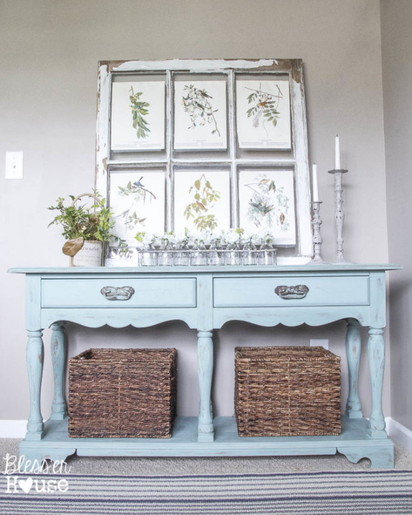 Beachy-Console-Table-Makeover-Blesser House