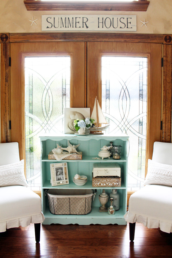 Bookcase-Makeover- Confessions of a Serial Do It Yourselfer