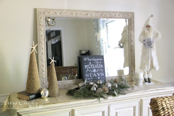 Holiday Decor Ideas with At Home (Pt 1 of 3) Neutral Holiday decor - #AtHomeforChristmas #AtHomeFinds #ad