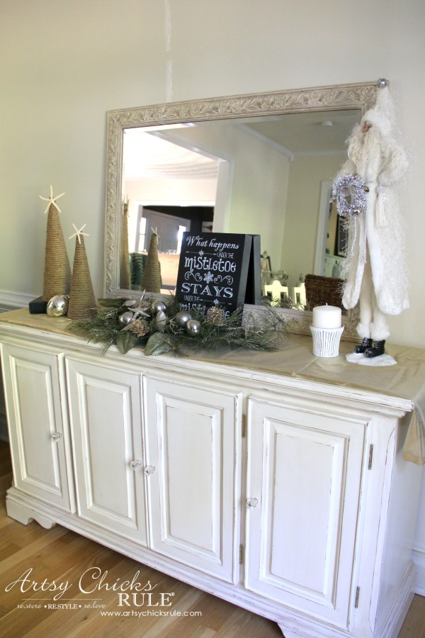 Holiday Decor Ideas with At Home (Pt 1 of 3) neutral decor - #AtHomeforChristmas #AtHomeFinds #ad
