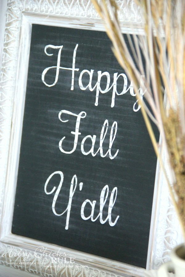Welcoming Fall Foyer - Neutral Coastal Decor - DIY Happy Fall Y'all Chalk Art - artsychicksrule