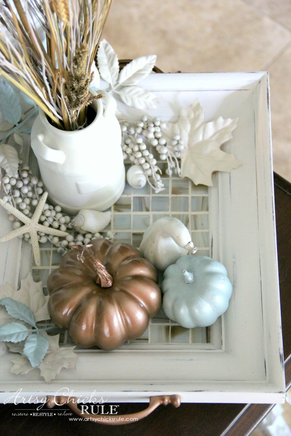 Welcoming Fall Foyer - Neutral Coastal Decor - DIY Thrifty Coastal Tray - artsychicksrule