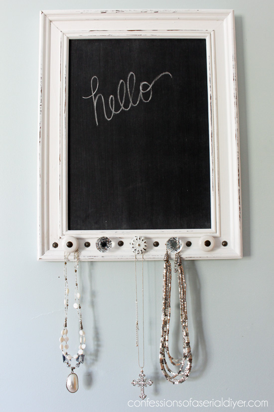 Chalkboard-Jewelry-Holder-Confessions of Serial Do It Yourselfer
