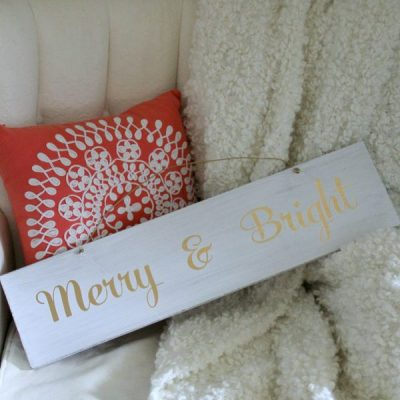 EASY DIY Merry and Bright Sign (Trash to Treasure Tuesday)