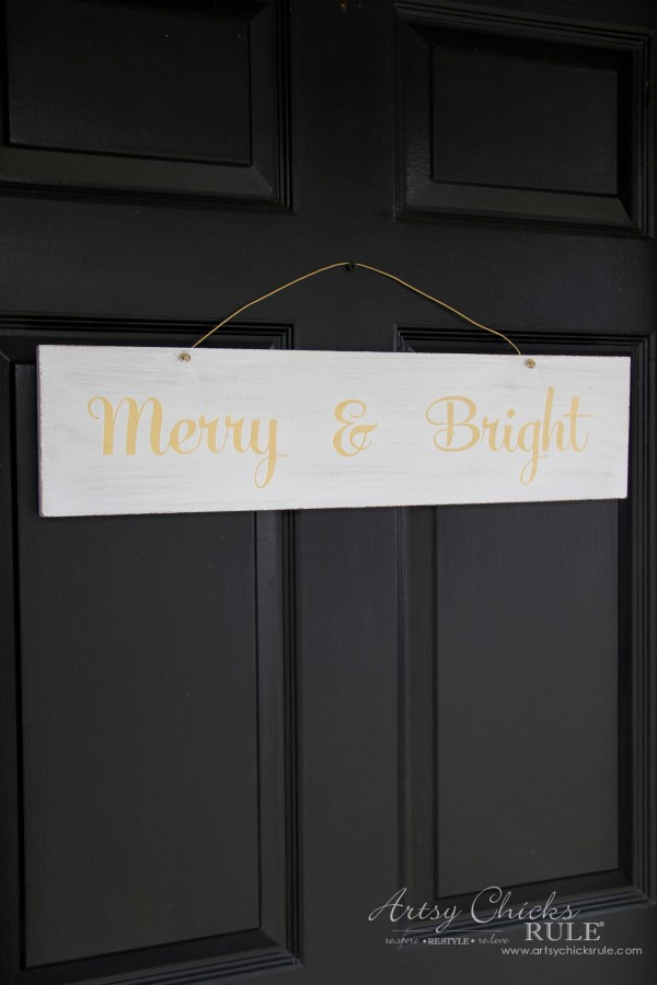EASY DIY Merry and Bright Sign - Thrifty Makeover FRONT DOOR DECOR - artsychicksrule