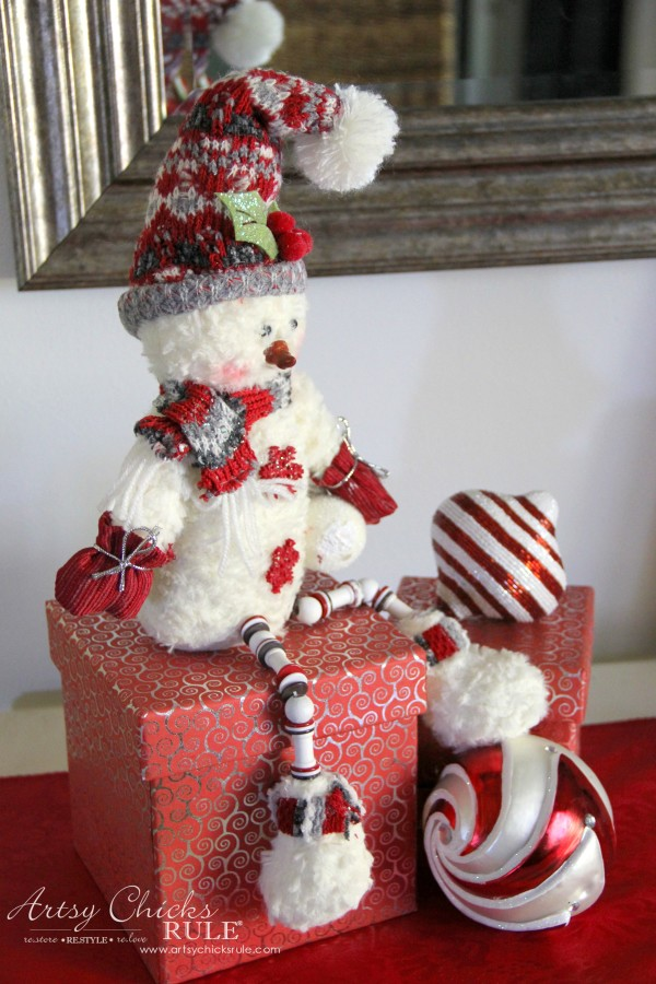 Holiday Decor Ideas with At Home (Pt 3 of 3) Hi Mr. Snowman - #AtHomeforChristmas #AtHomeFinds #ad