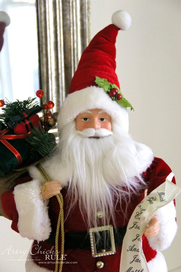 Holiday Decor Ideas with At Home (Pt 3 of 3) I love Santa - #AtHomeforChristmas #AtHomeFinds #ad