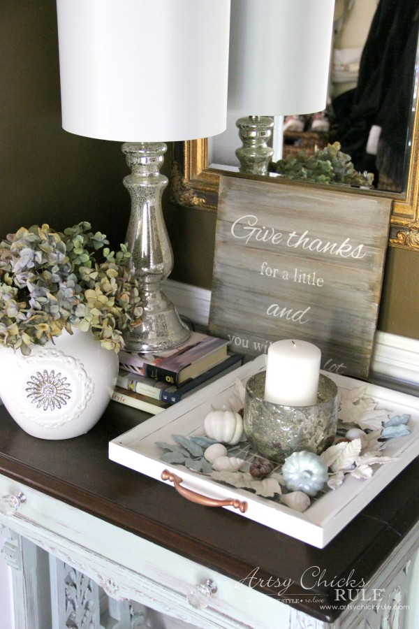 Thanksgiving Foyer - Grateful Sign and Dried Hydrangeas - artsychicksrule
