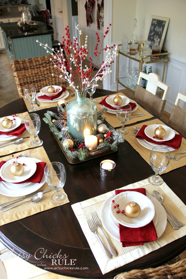 Christmas Home Tour 2015 - Christmas Table Setting - artsychicksrule.com #christmashometour