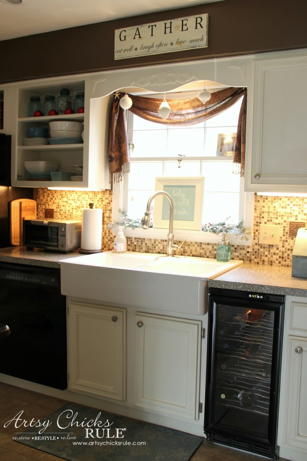 Christmas Home Tour 2015 - Farmhouse Sink Kitchen - artsychicksrule.com #christmashometour