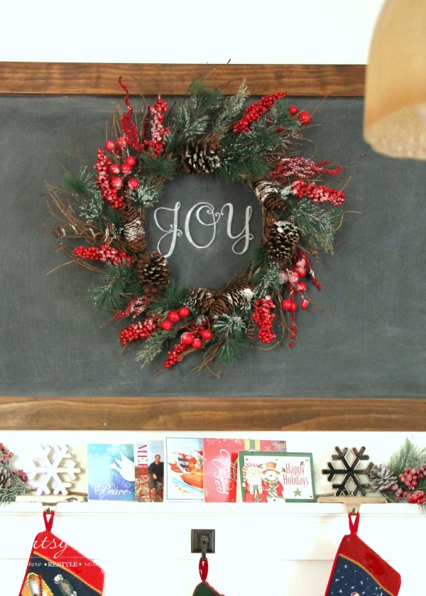 Christmas Home Tour 2015 - JOY Chalkart - artsychicksrule.com #christmashometour