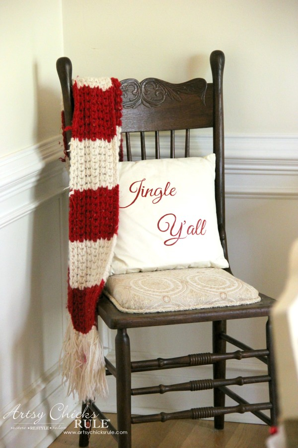 Christmas Home Tour 2015 - Jingle Yall - artsychicksrule.com #christmashometour