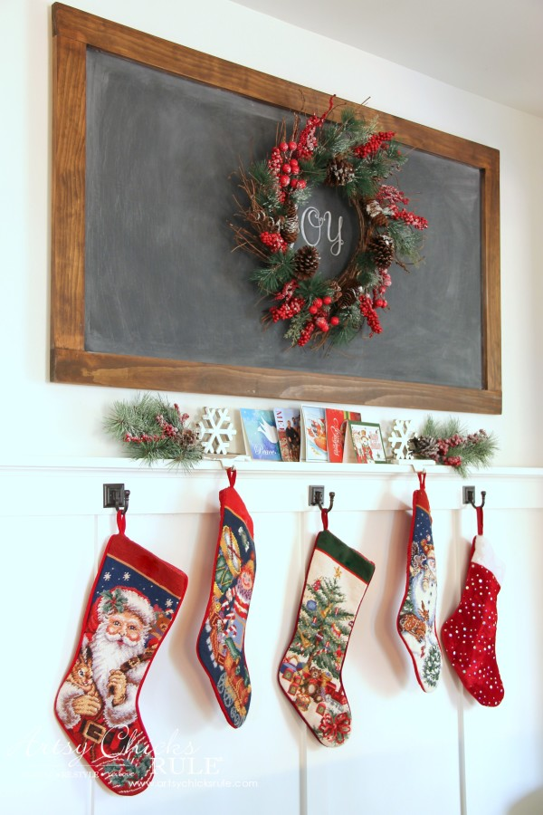 Christmas Home Tour 2015 - New DIY Chalkboard - artsychicksrule.com #christmashometour