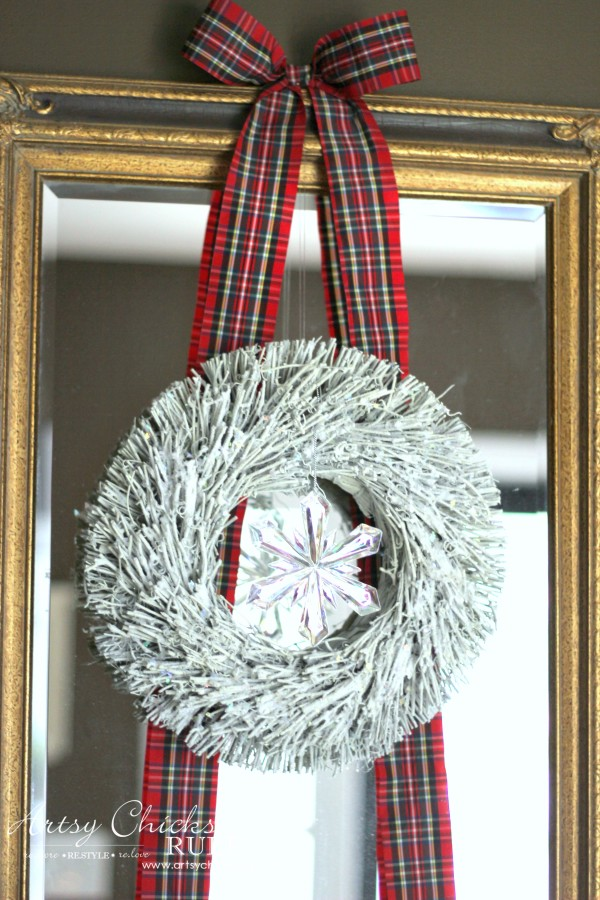 Christmas Home Tour 2015 - Simple Wreath and Ribbon - artsychicksrule.com #christmashometour