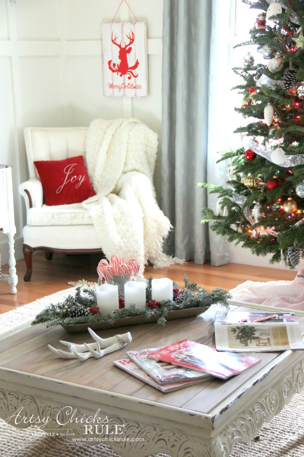 Christmas Home Tour 2015 - Simple and Budget Friendly - artsychicksrule.com #christmashometour