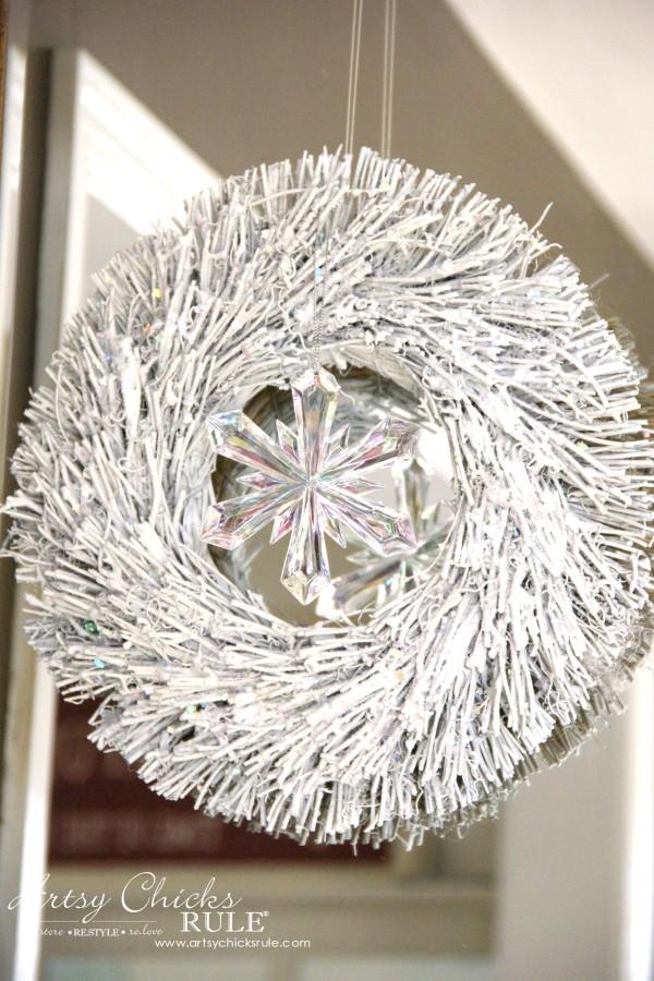 Coastal Christmas Foyer - Snow Covered Wreath - artsychickrule.com #Christmasdecor #coastalChristmas