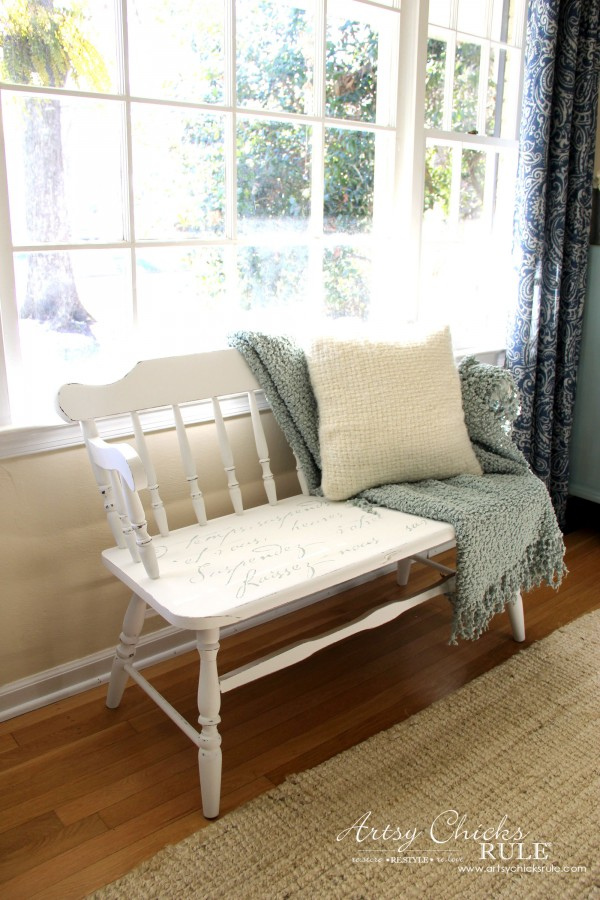 French Poem White Bench Makeover - Perfect by the window - #frenchfurniture #whitebench #makeover artsychicksrule