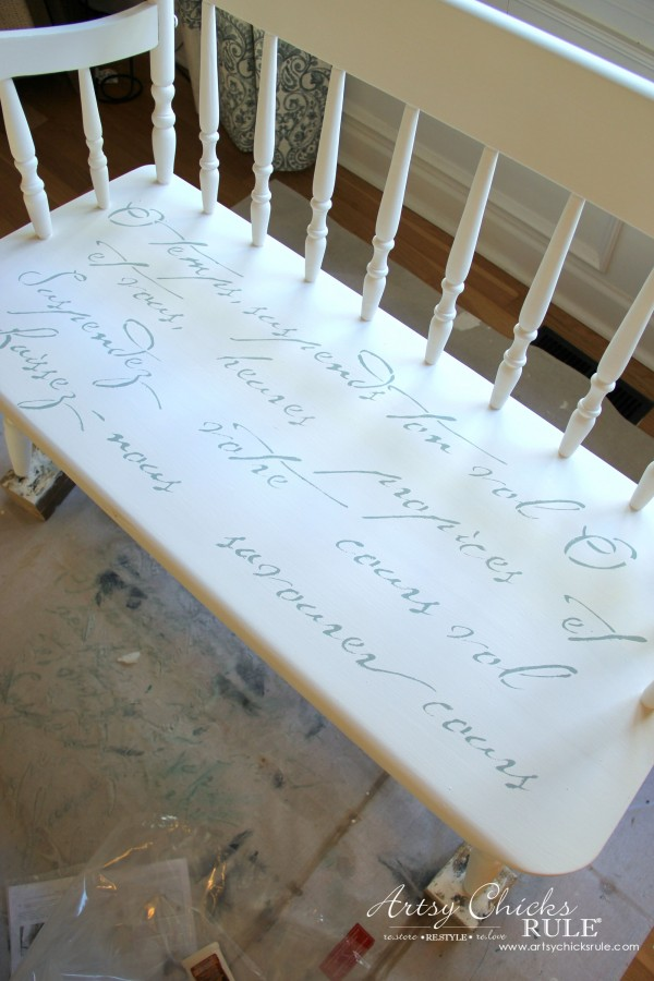 French Poem White Bench Makeover - stenciled - #frenchfurniture #whitebench #makeover artsychicksrule