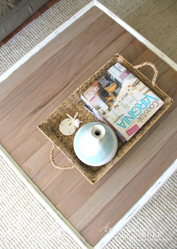 Coffee Table Makeover Using Old Flooring - awesome DRIFTWOOD STAIN - artsychicksrule #coffeetable