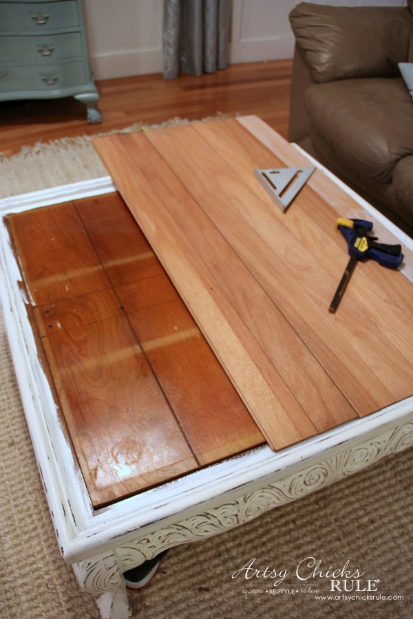 Charmant Coffee Table Makeover Using Old Flooring   Measuring   Artsychicksrule # Coffeetable