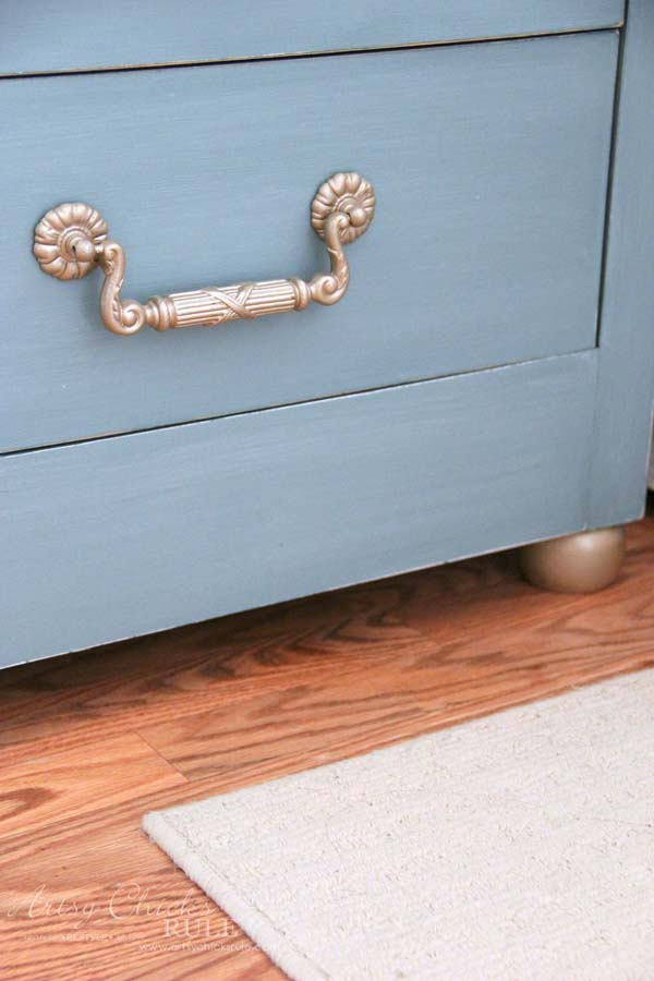 Coastal Turquoise Night Stands Makeover with Chalk Paint - ADDED BALL FEET - artsychicksrule