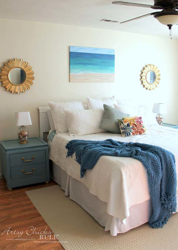 DIY Beach Painting - COASTAL BEDROOM - artsychicksrule.com #diypainting #diyabstractpainting #diybeachpainting