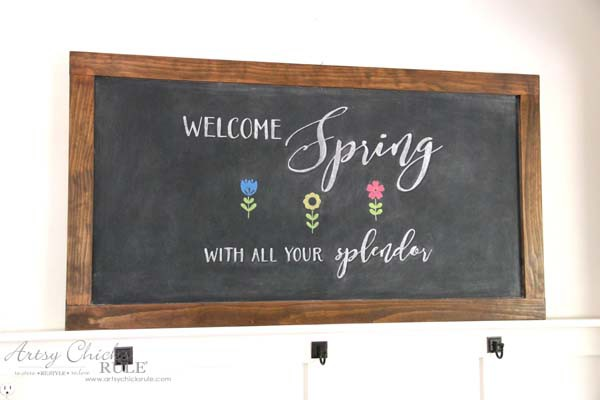 DIY Farmhouse Inspired Chalkboard - EASY Spring Chalk Art - artsychicksrule
