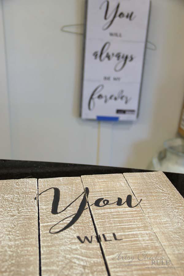 DIY Weathered Love Signs - TIP FOR TRANSFERRING - artsychicksrule #drybrush #chalkpaint #lovesign